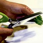 Tesoura p/ ervas c/ 5 lâminas